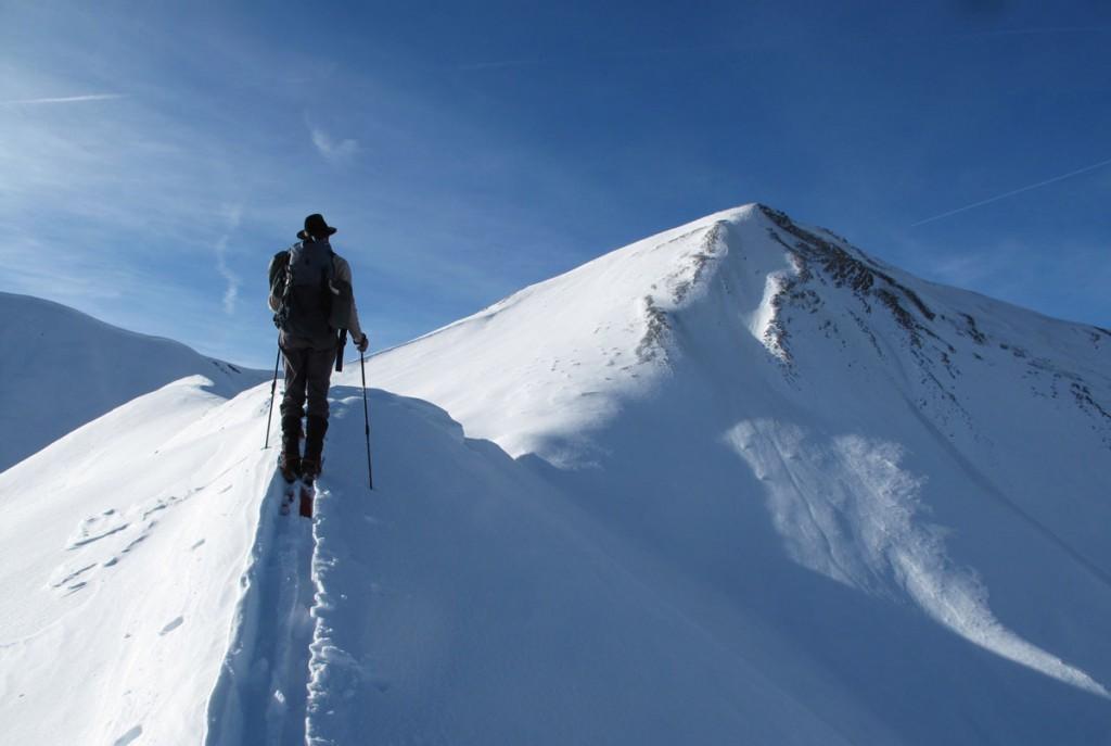 Ski sur l'arête